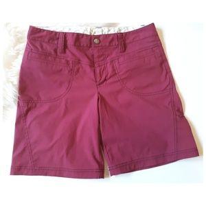 Athleta magenta Bermuda shorts 6
